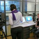 design-studierende-im-filmkurs