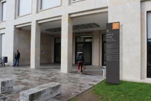 House of Finance G