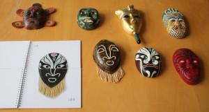 Masken von Designstudentin