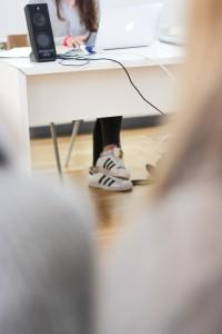 Designstudentin Schuhe