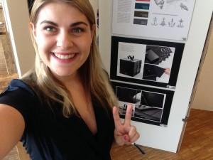 Designstudentin Helena Henkel vor ihrer ADC Bronze Arbeit