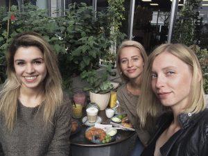 Designstudentinnen des 4ten Semesters