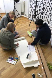 Designstudenten am Planen