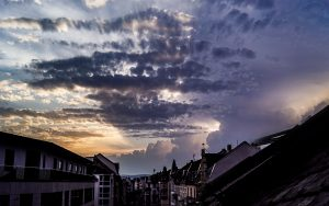 Wolken in der Flucht