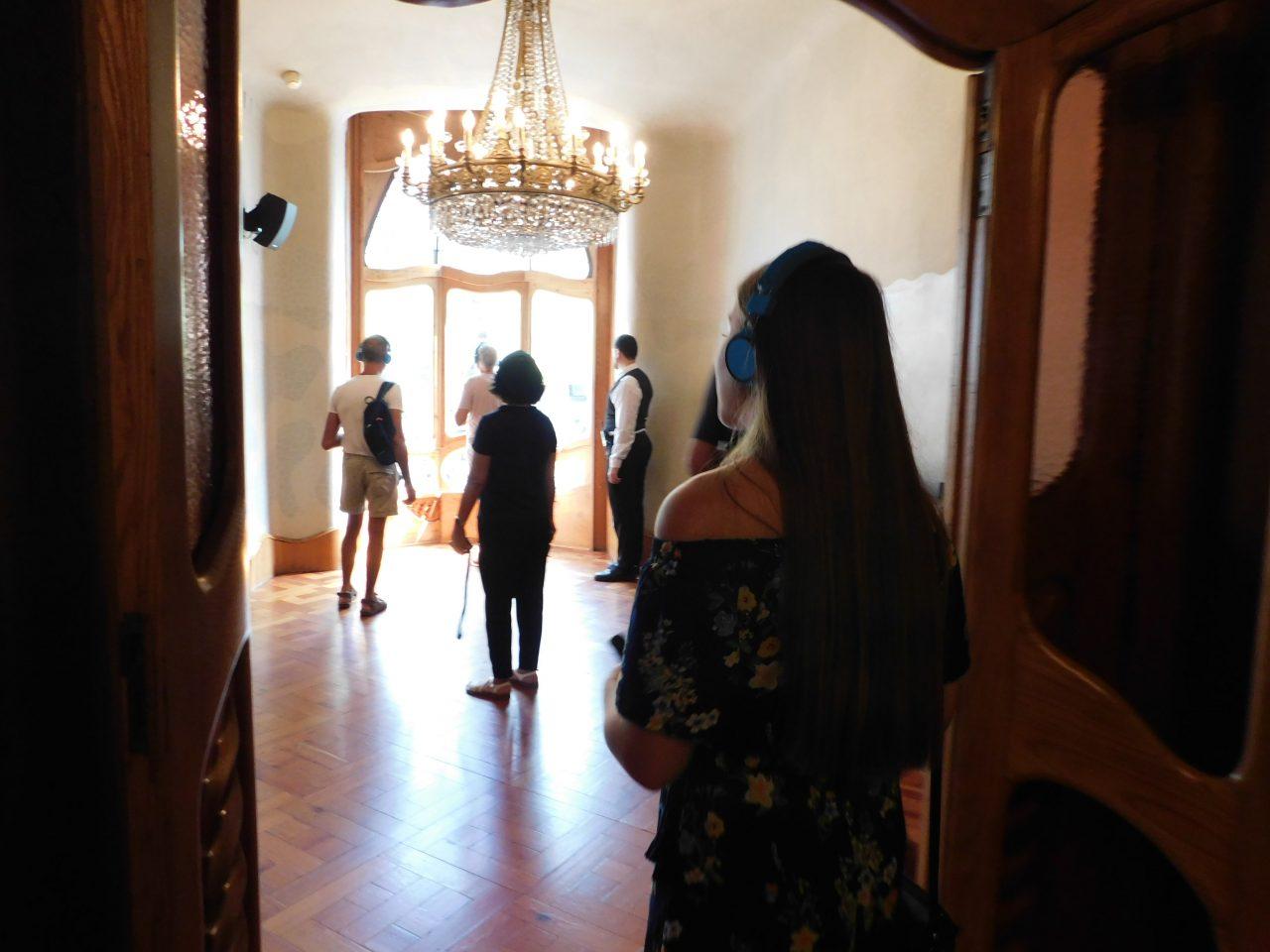 Designstudentin besucht die Casa Batlló