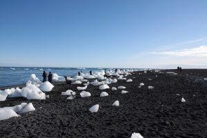 Kommunikationsdesign-Studentin genießt Island
