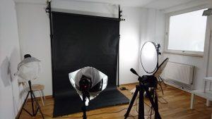 Designstudentin organisiert Fotoshooting