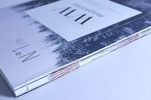 Designstudentin-fertigt-Magazin