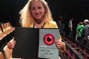Designstudentin Jennifer Braune gewinn bei Visionale 2018 mit Film gegen rechts