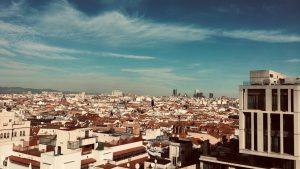 Ausblick von einer Rooftopbar über den Dächern von Madrid