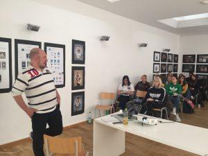 Fotograf Nikita Kulikov in der European School of Design