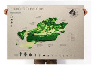 Designstudentin gestaltet Informationsplakat