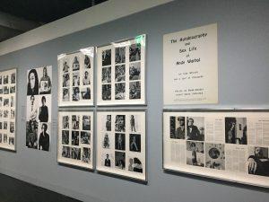 Designstudentin besucht Fotoausstellung