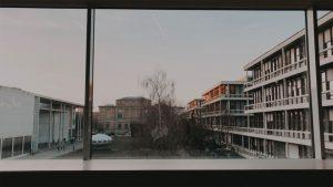 Designstudentin in Münchner Museen unterwegs
