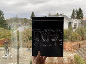 Typografie Buch Fertigstellung