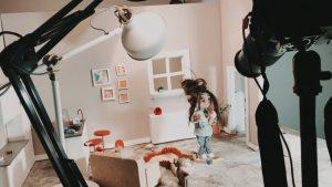 Designstudentinnen drehen Trickfilm
