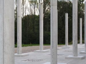 STOA169 ungestaltete Säulen